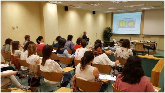 Presentación durante las jornadas teóricos-prácticas del Módulo de Superficie Ocular y Lentes de Contacto.